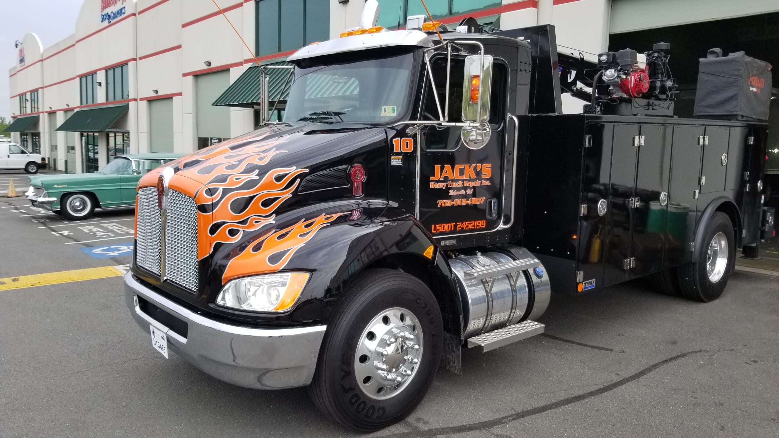 Absolute Signs Vehicle Lettering And Fleet Graphics